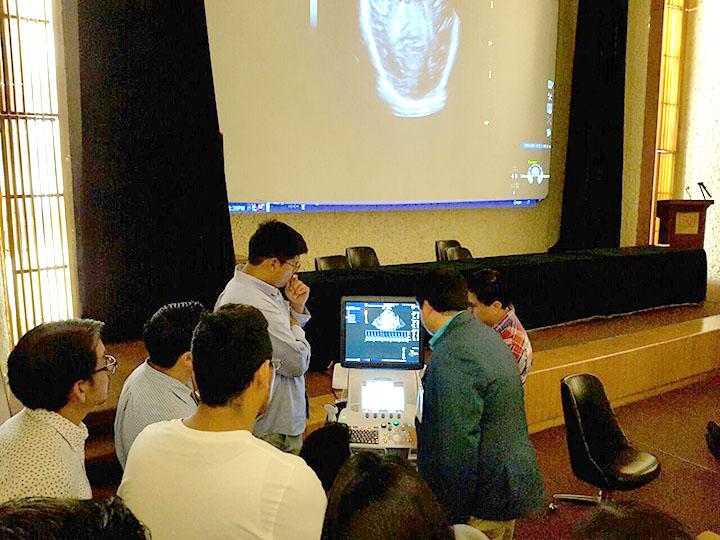 Dr Arnaez taller de ecografia
