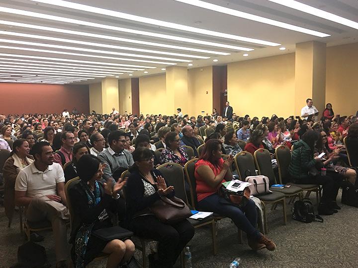 Asistentes en la charla de Neuroproteción del Doctor García-Alix